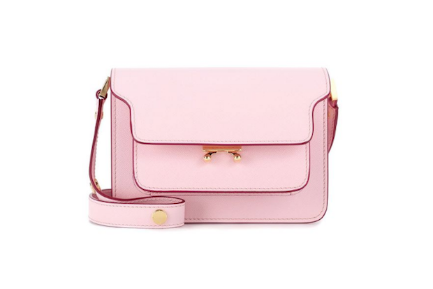 ピンク系のチャーミングな6つのバッグ達♡コーデにフェミニンを添えて