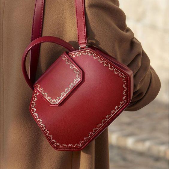 カルティエ ブランド紹介とバッグの魅力