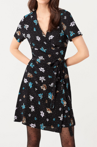 Savillaクレープミニラップドレス